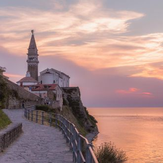 La vie en rose is nothing compared to this pink sky & sea over Fiesa and Piran. Definitely a hidden spot worth seeing. Find your hidden spots in Portorož & Piran and tag them with #spotrevealed for a chance to win a GoPro camera.