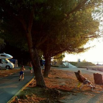 Relaxing evening at the campsite Lucija #portoroz #spotrevealed