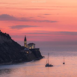 Pink sunset over Piran. #piran #pirano #istra #istria #slovenia #slovenija #sunset #spotrevealed