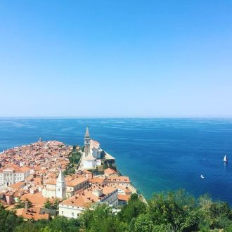 The blue in the blue 🌊🗺📷 #spotrevealed #piran #portorož #panorama #panoramic #bluesky  #sky #sea #igslovenia #slovenia #summer #summertime #turistando #turist #turista #holiday #vacanza #wonderfull #photooftheday #photography #picoftheday #instagood
